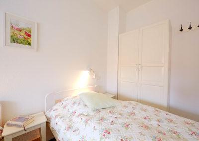 Gästezimmer Blütenmeer - Bett